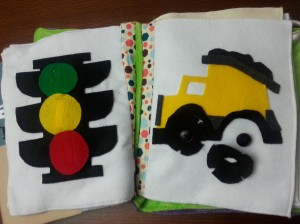Traffic light with velcro, Dump truck with button on wheels